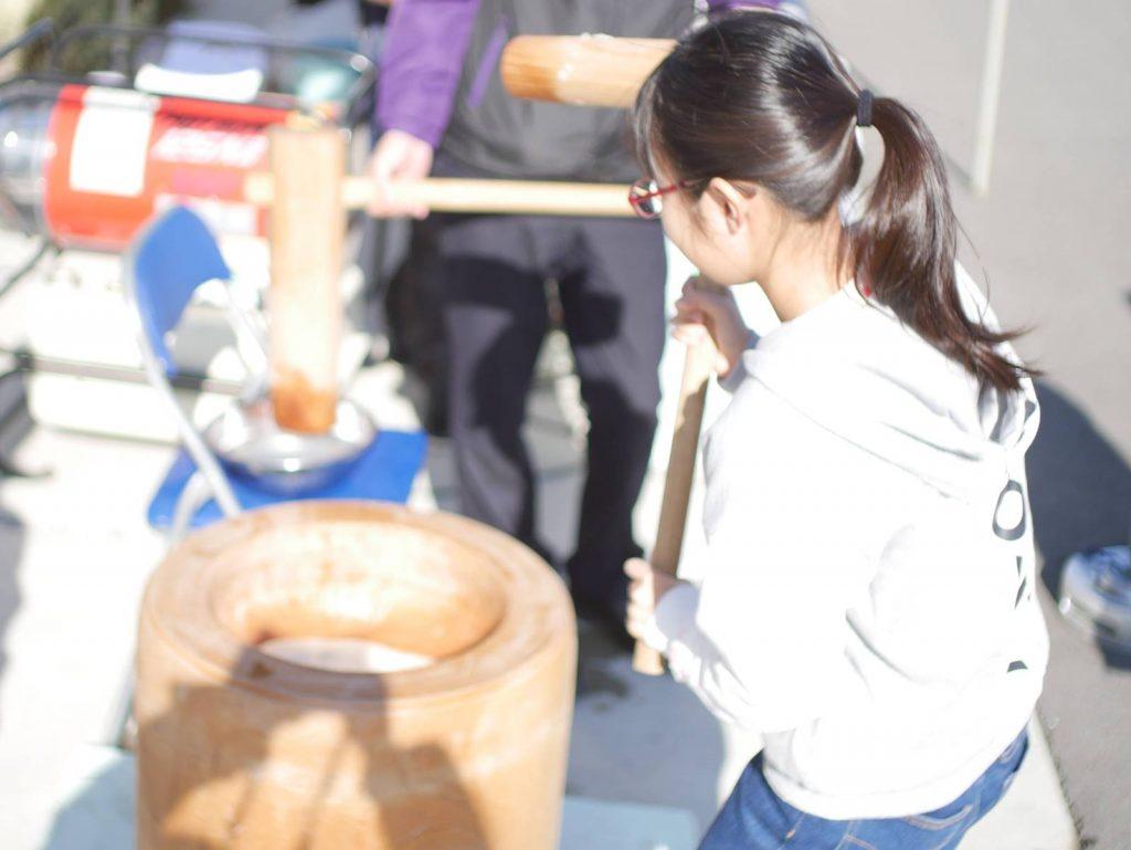 石田屋の新春餅つき大会